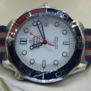 """Omega Seamaster Diver """"Commander"""" 212.32.41.20.04.001(New)OMG-039"""
