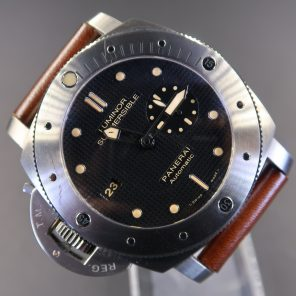 Panerai Luminor Submersible Left-Handed Titanio PAM569 (Pre Owned) PNR-077